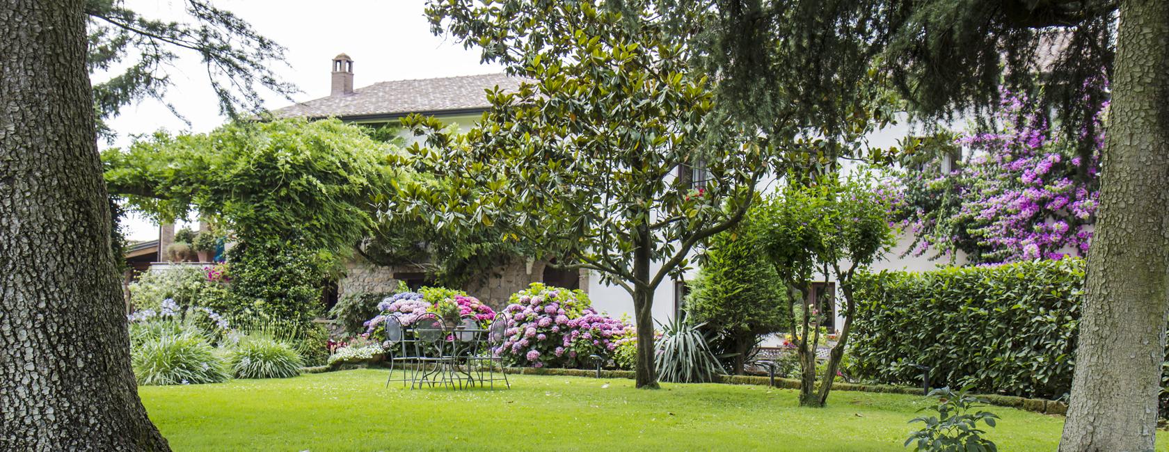 Il Casale di Riardo. L'incanto ed il silenzio delle verdi colline.