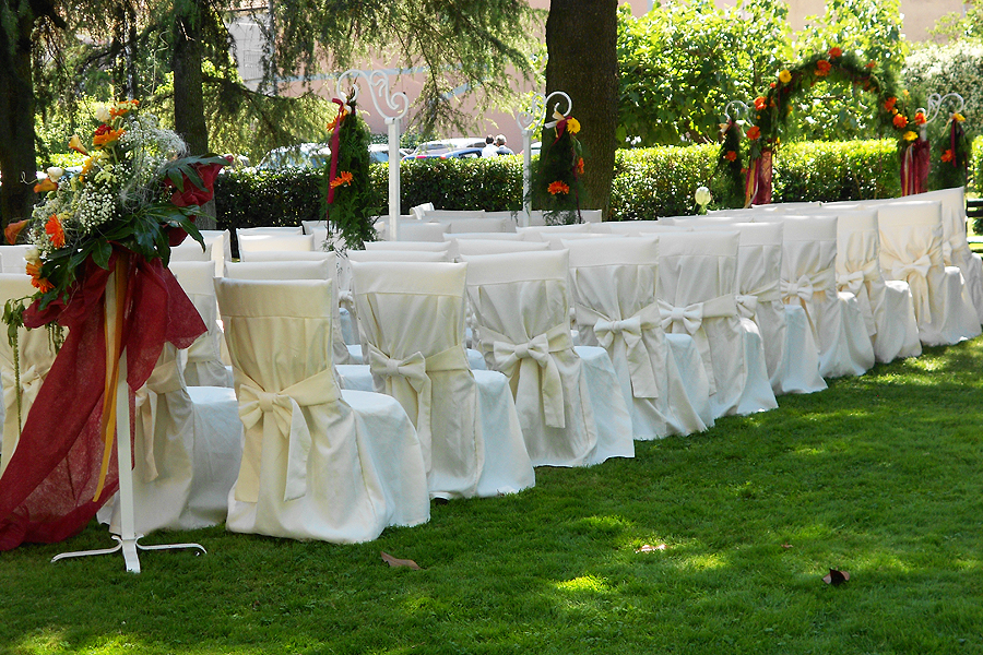 Il Casale di Riardo. Niente di più raffinato, intimo ed incantevole per le tue cerimonie.